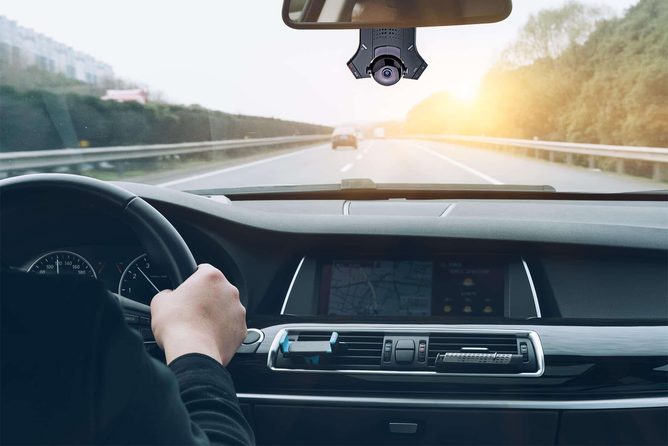 دوربین آینه ای خودرو