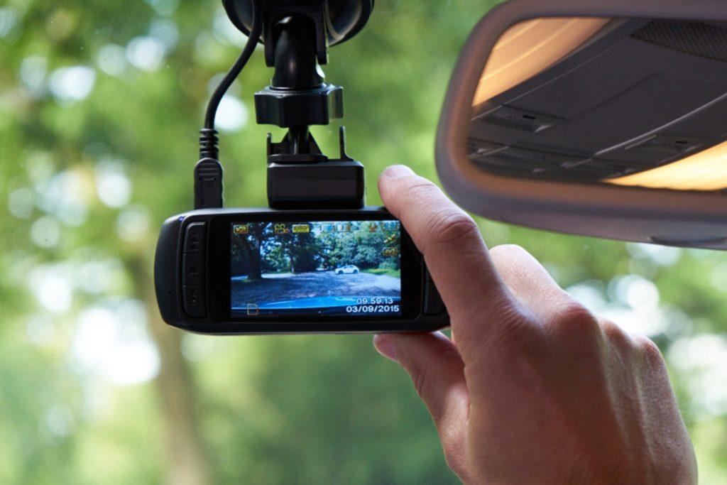 مزایا و معایب انواع دوربین خودرو