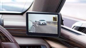 دوربین آینه ای خودرو – مزایا، کاربردهای و ویژگیهای آن