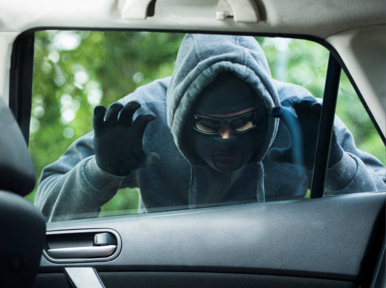 چگونه از سرقت خودرو خود جلوگیری کنیم؟