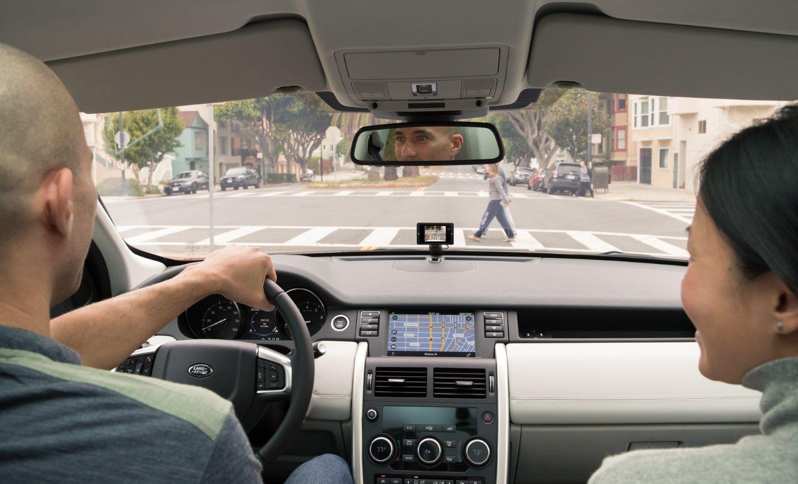 کاربردهای دوربین هوشمند خودرو
