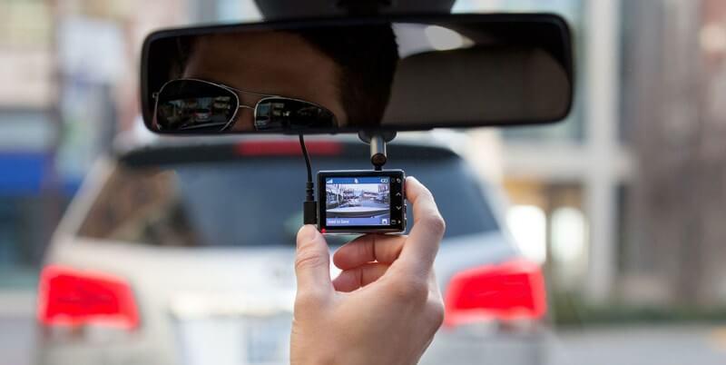 مزایای دوربین آینه ای خودرو