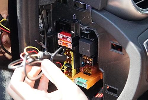 نصب دوربین خودرو به جعبه فیوز | دوردید تک